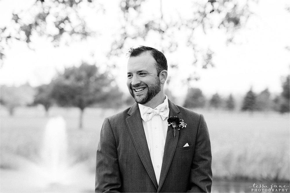 the-grands-at-mulligans-wedding-october-sartell-st-cloud-minnesota-photographer-38.jpg