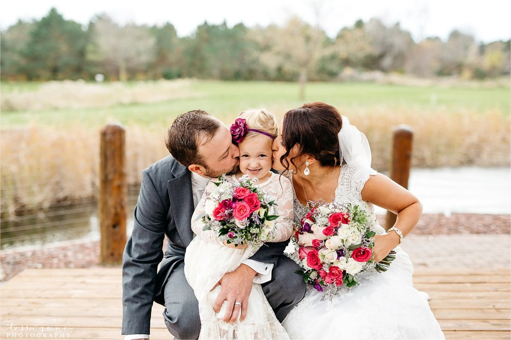 the-grands-at-mulligans-wedding-october-sartell-st-cloud-minnesota-photographer-50.jpg