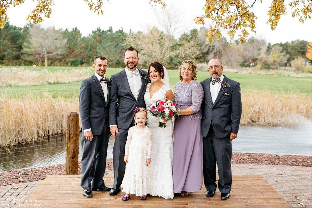 the-grands-at-mulligans-wedding-october-sartell-st-cloud-minnesota-photographer-59.jpg