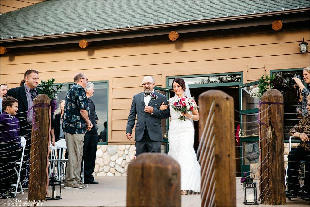 the-grands-at-mulligans-wedding-october-sartell-st-cloud-minnesota-photographer-82.jpg