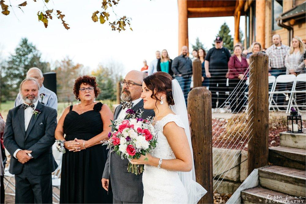 the-grands-at-mulligans-wedding-october-sartell-st-cloud-minnesota-photographer-84.jpg