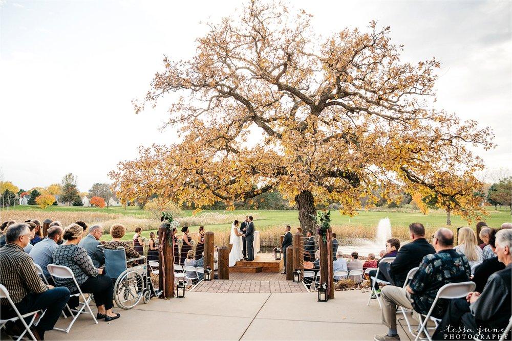 the-grands-at-mulligans-wedding-october-sartell-st-cloud-minnesota-photographer-85.jpg