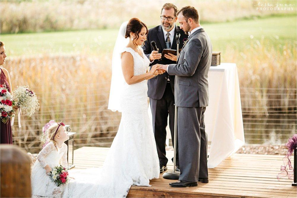 the-grands-at-mulligans-wedding-october-sartell-st-cloud-minnesota-photographer-90.jpg