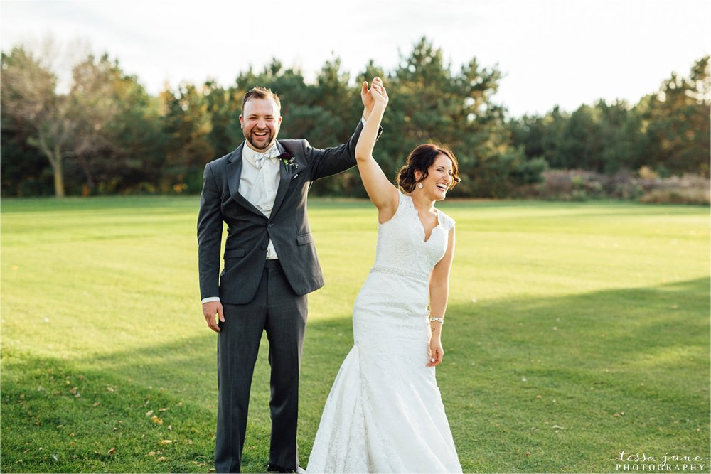 the-grands-at-mulligans-wedding-october-sartell-st-cloud-minnesota-photographer-106.jpg