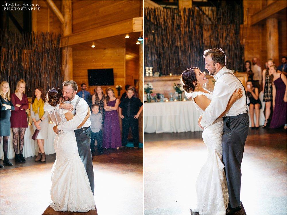 the-grands-at-mulligans-wedding-october-sartell-st-cloud-minnesota-photographer-125.jpg