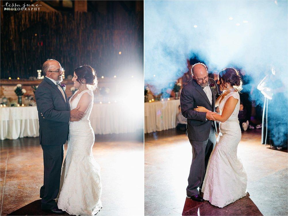 the-grands-at-mulligans-wedding-october-sartell-st-cloud-minnesota-photographer-132.jpg