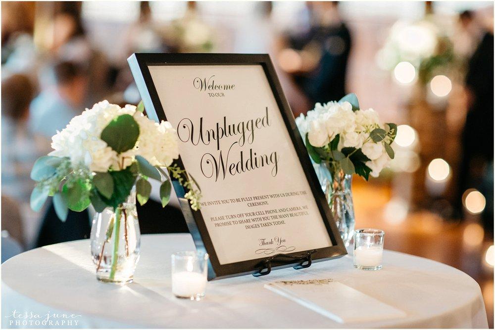 intimate-november-wedding-minnesota-windsong-farm-independence-115.jpg