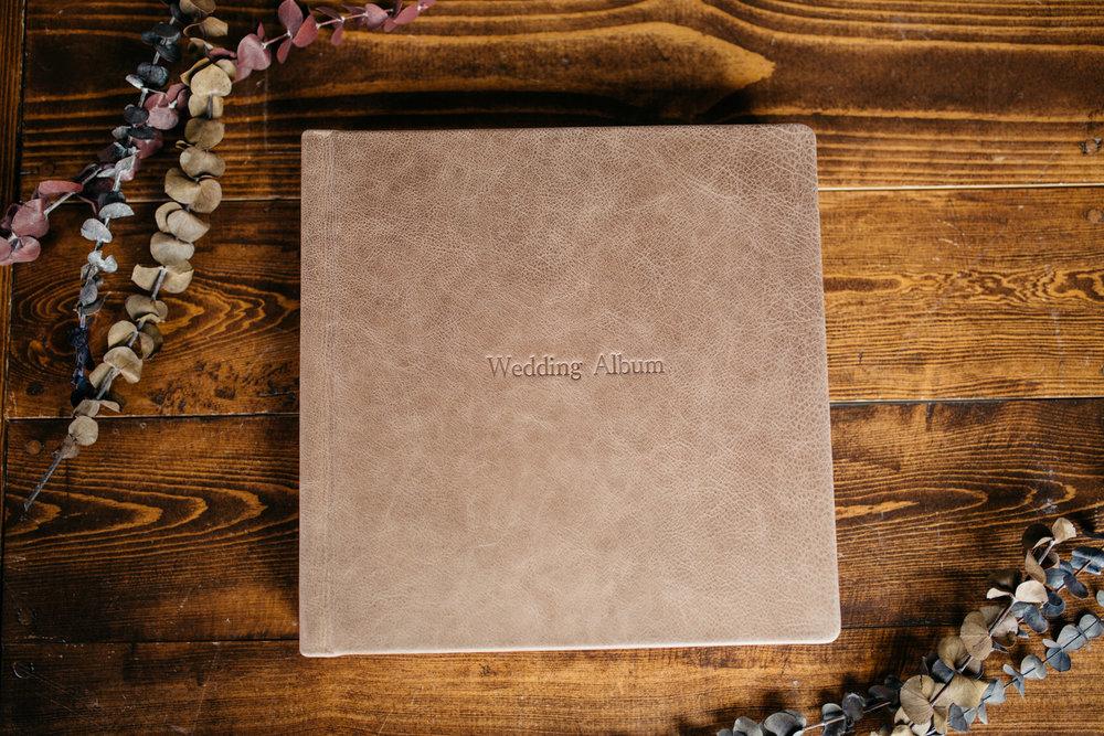 wedding-album-st-cloud-photographer-red-tree-11.jpg