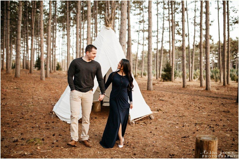 hansen-tree-farm-anoka-engagement-session-st-cloud-photographer-44.jpg
