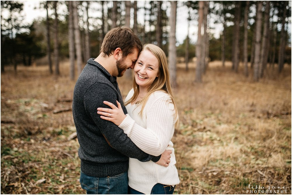 february-woods-engagement-session-st-cloud-montissippi-park-4.jpg