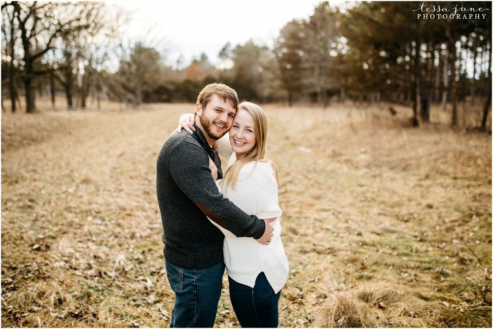 february-woods-engagement-session-st-cloud-montissippi-park-12.jpg