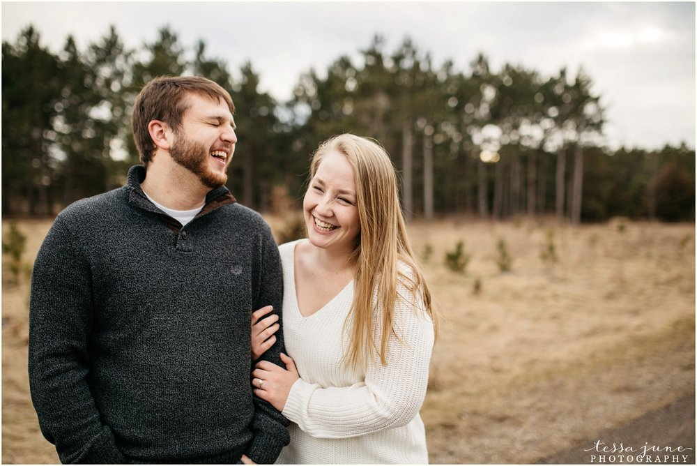 february-woods-engagement-session-st-cloud-montissippi-park-22.jpg