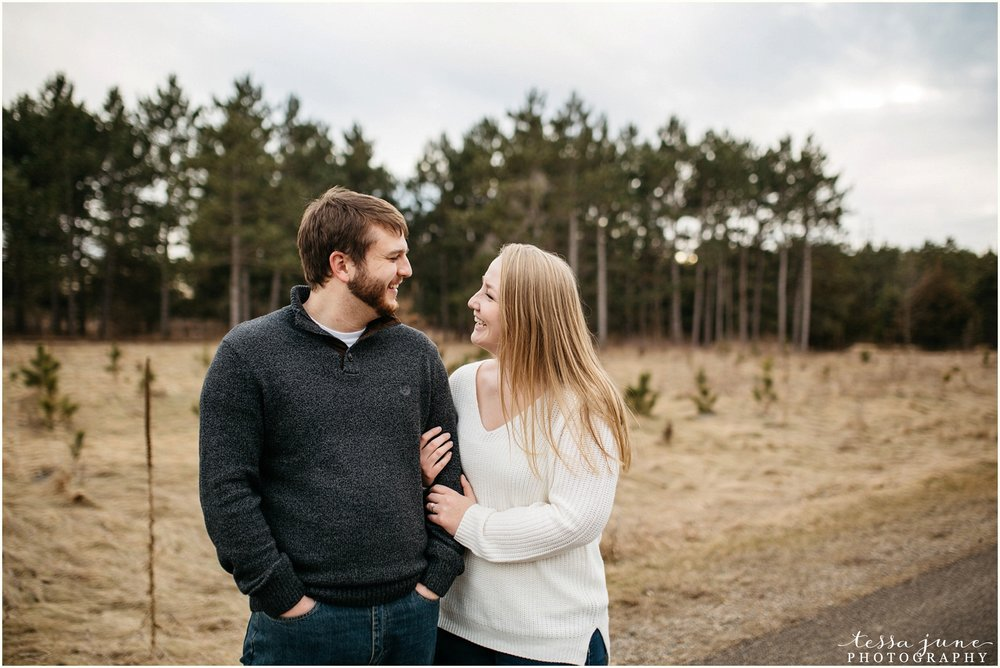 february-woods-engagement-session-st-cloud-montissippi-park-21.jpg