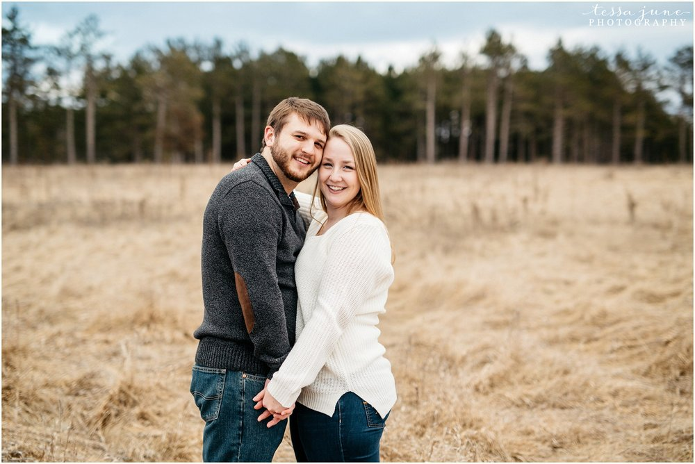 february-woods-engagement-session-st-cloud-montissippi-park-35.jpg