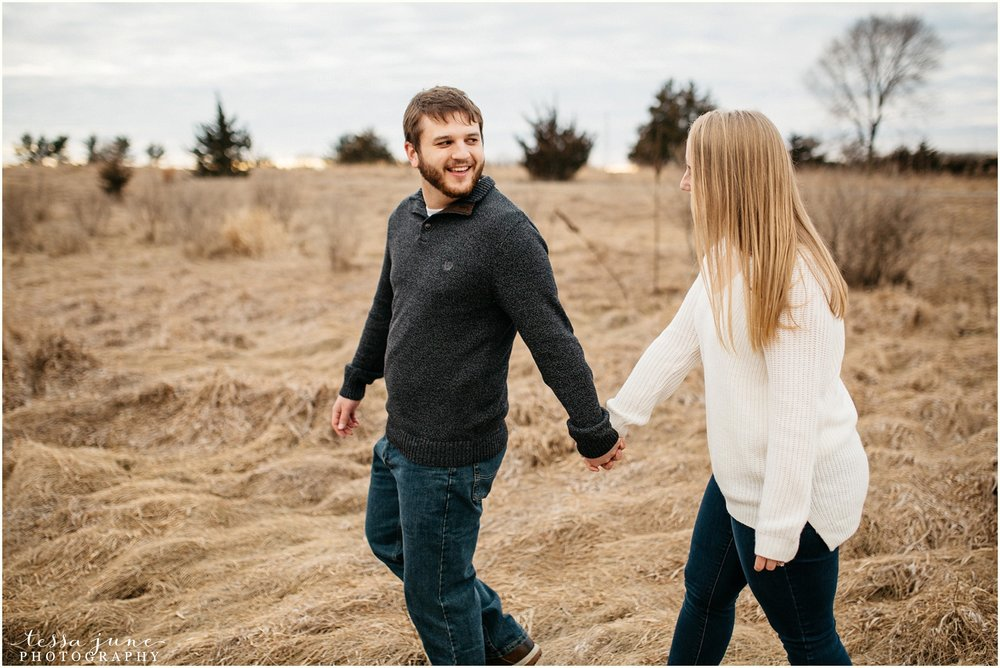 february-woods-engagement-session-st-cloud-montissippi-park-39.jpg