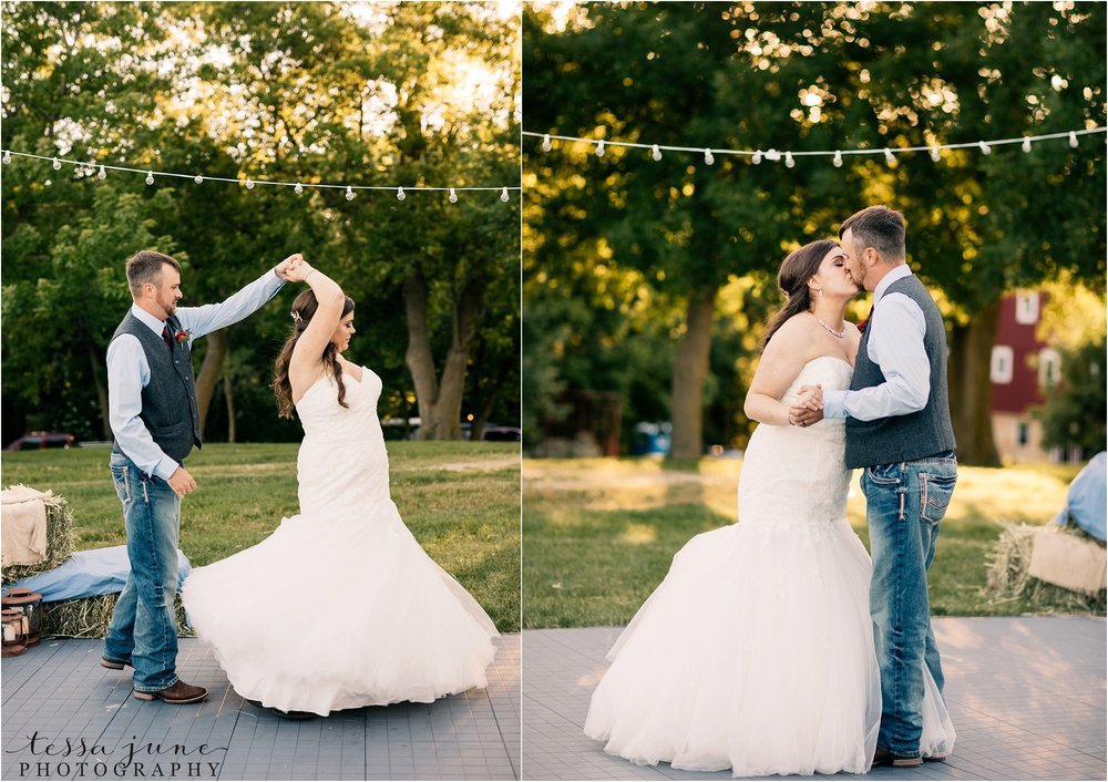 st-cloud-minnesota-wedding-photographer-outdoor-wedding-with-farm-tables-and-gorgeous-floral-from-artemisia-studios-39.jpg