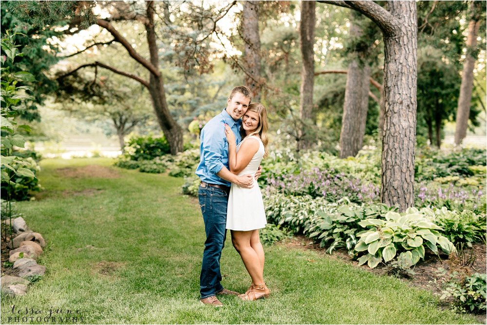 st-cloud-wedding-photographer-tessa-june-photography-munsinger-garden-engagement-43.jpg