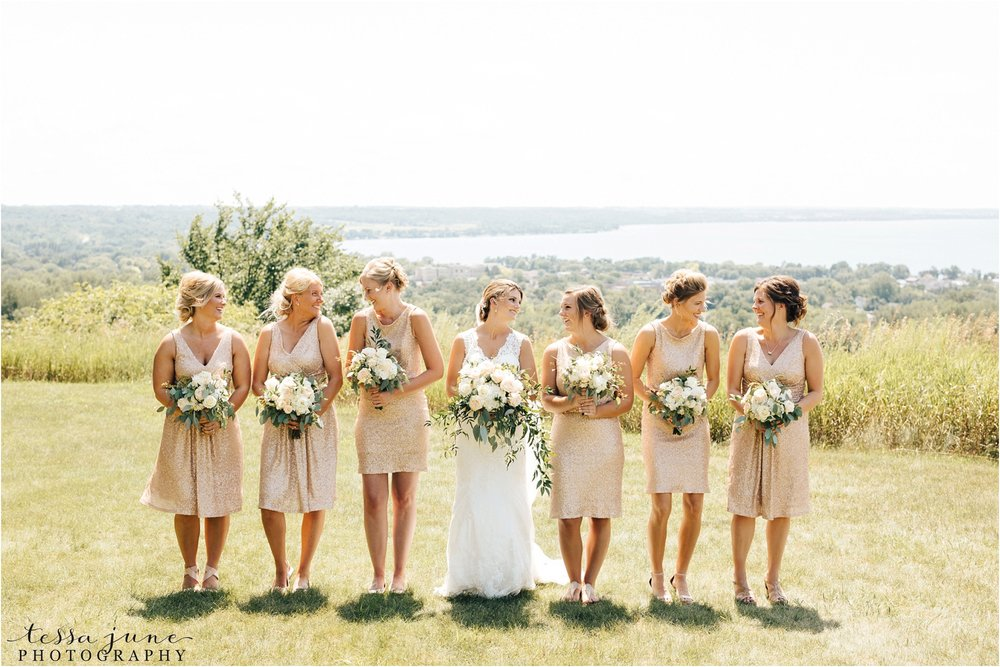 mount-lookout-lakeside-ballroom-wedding-in-alexandria-minnesota-tessa-june-photography-bridesmaids