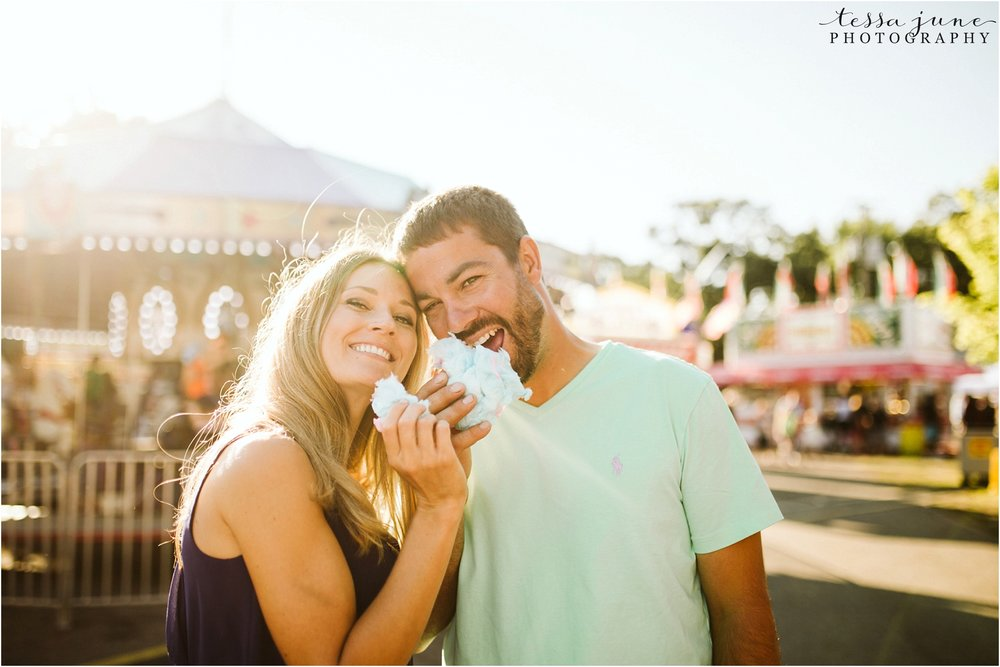 county-fair-engagement-session-in-minnesota-st-cloud-photographer