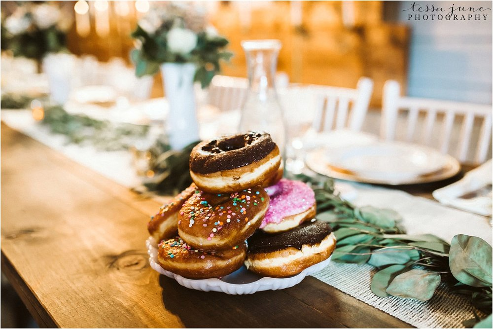 the-cottage-farmhouse-dessert-donut-reception-decor