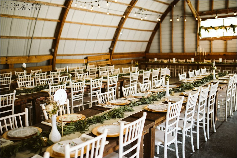 the-cottage-farmhouse-wedding-reception-inspiration-farmhouse-tables