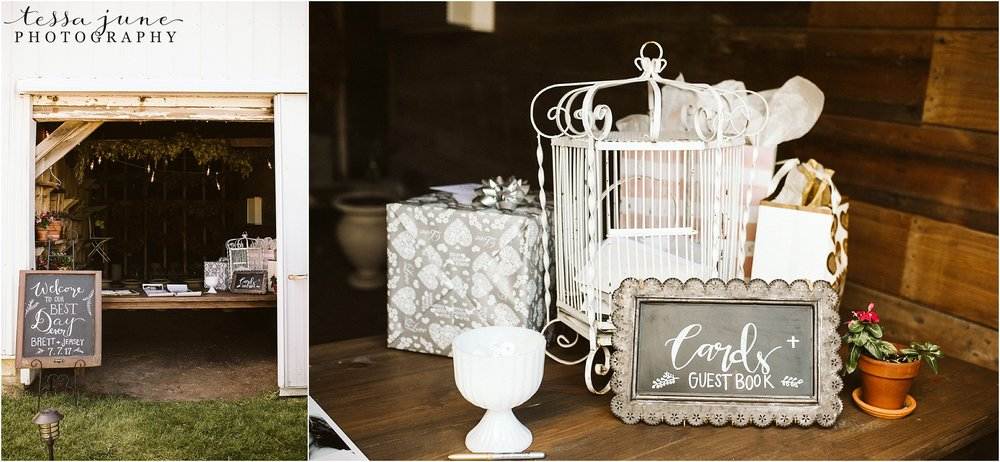 the-cottage-farmhouse-gift-table-inspiration