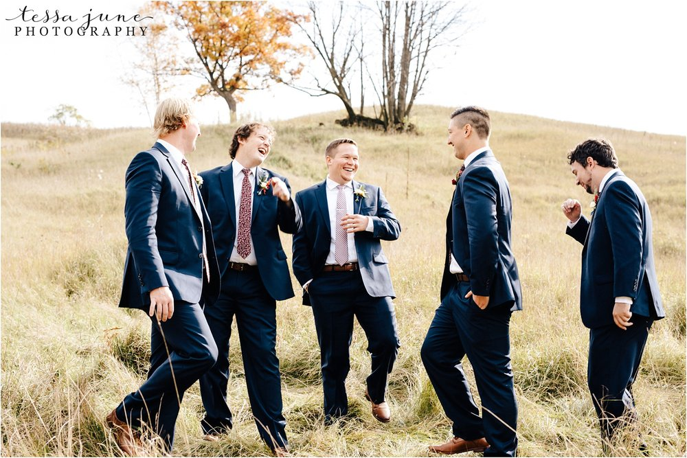 birch-hill-barn-wedding-october-wisonsin-8.jpg