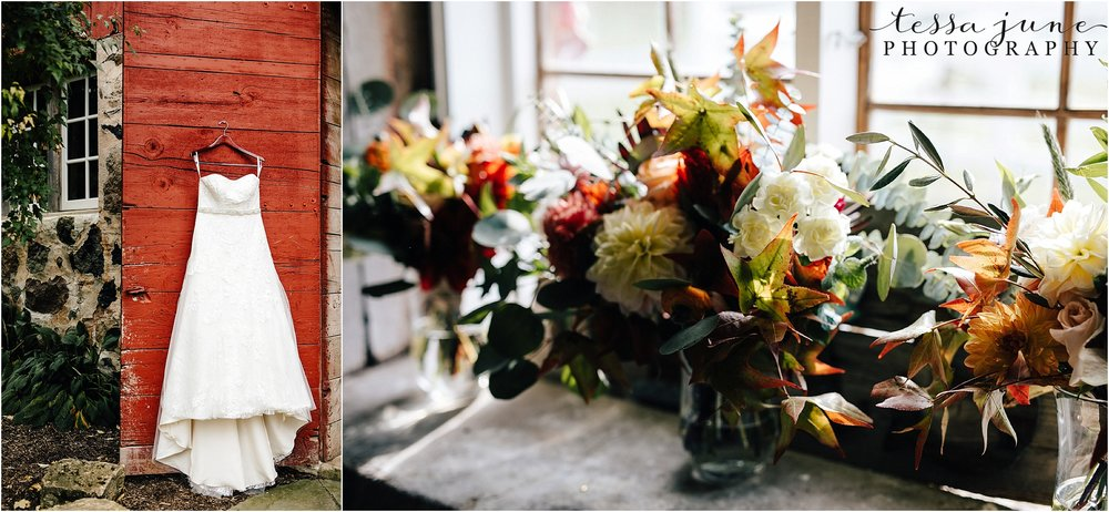 birch-hill-barn-wedding-october-wisonsin-10.jpg