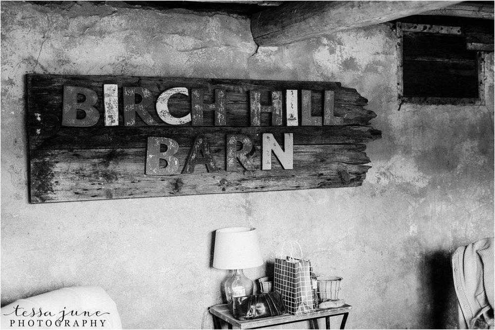 birch-hill-barn-wedding-october-wisonsin-13.jpg