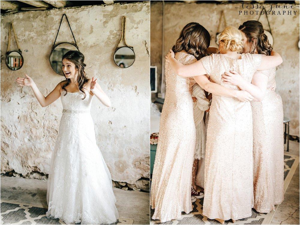birch-hill-barn-wedding-october-wisonsin-16.jpg
