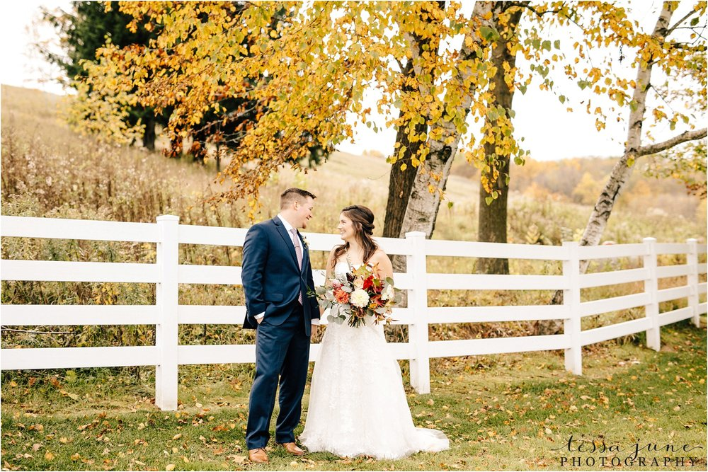birch-hill-barn-wedding-october-wisonsin-30.jpg
