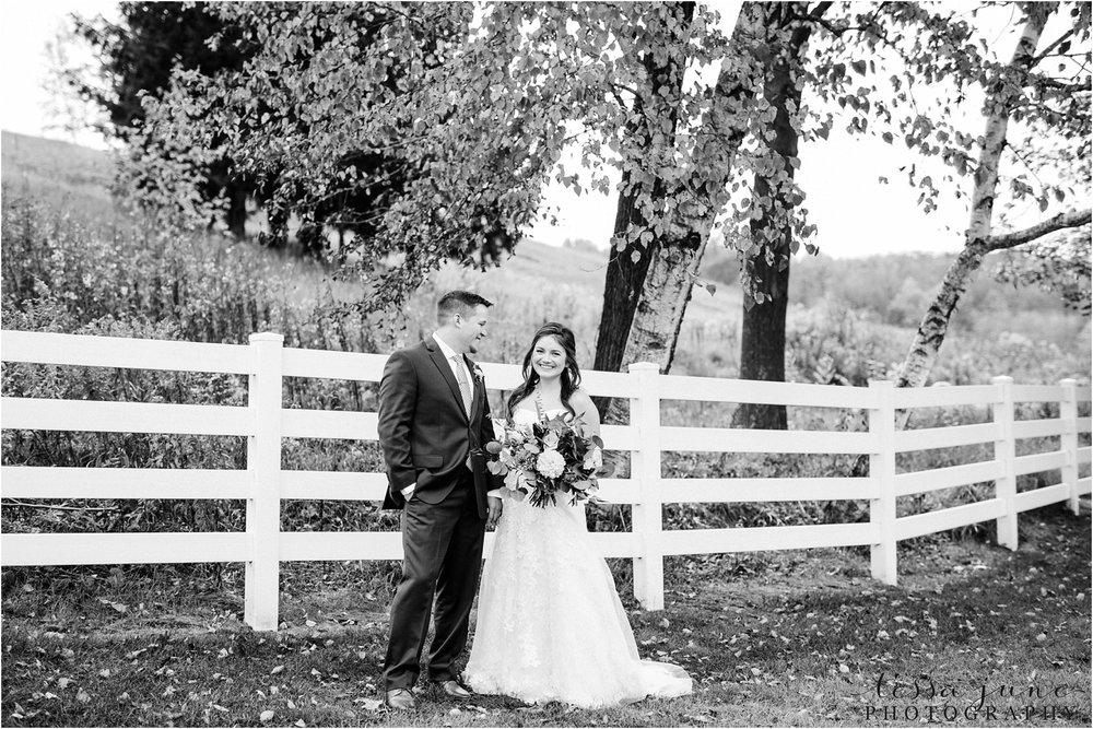 birch-hill-barn-wedding-october-wisonsin-31.jpg