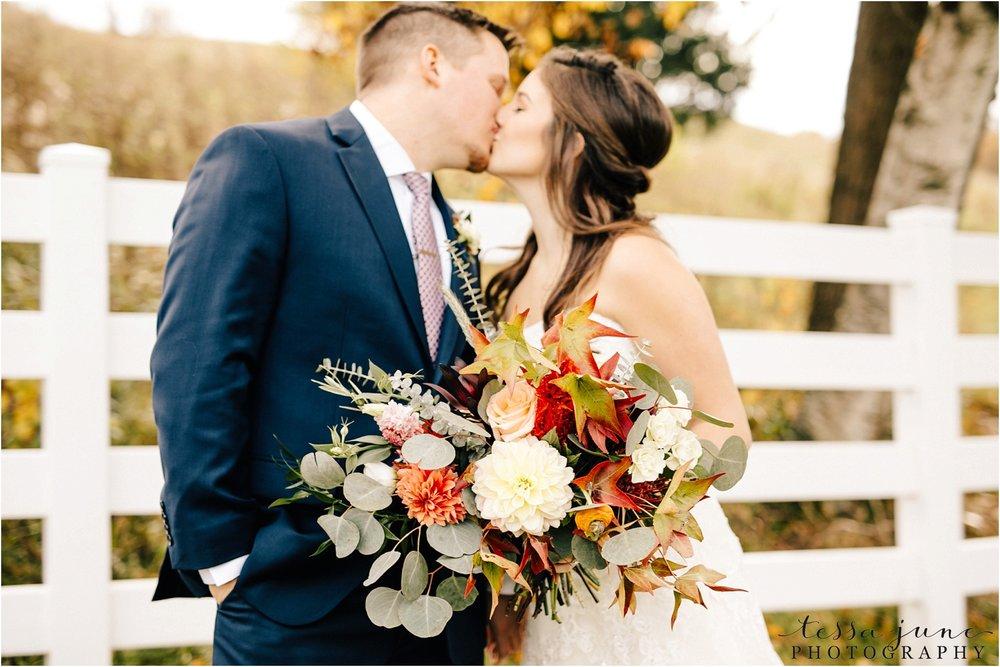 birch-hill-barn-october-wedding-wisconsin-fall-bouquet
