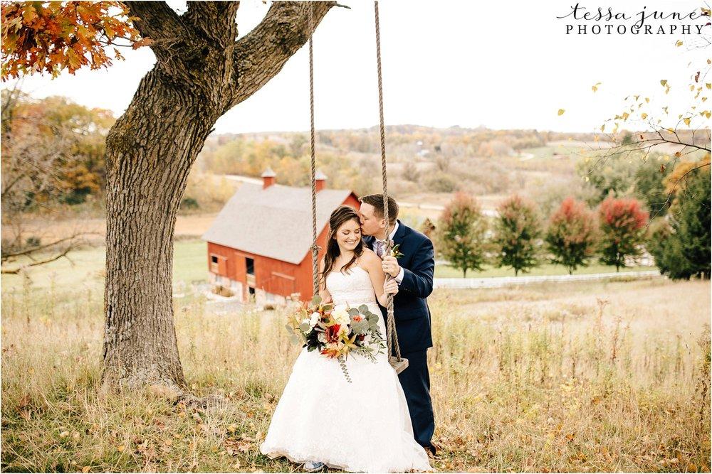 birch-hill-barn-wedding-october-wisonsin-59.jpg