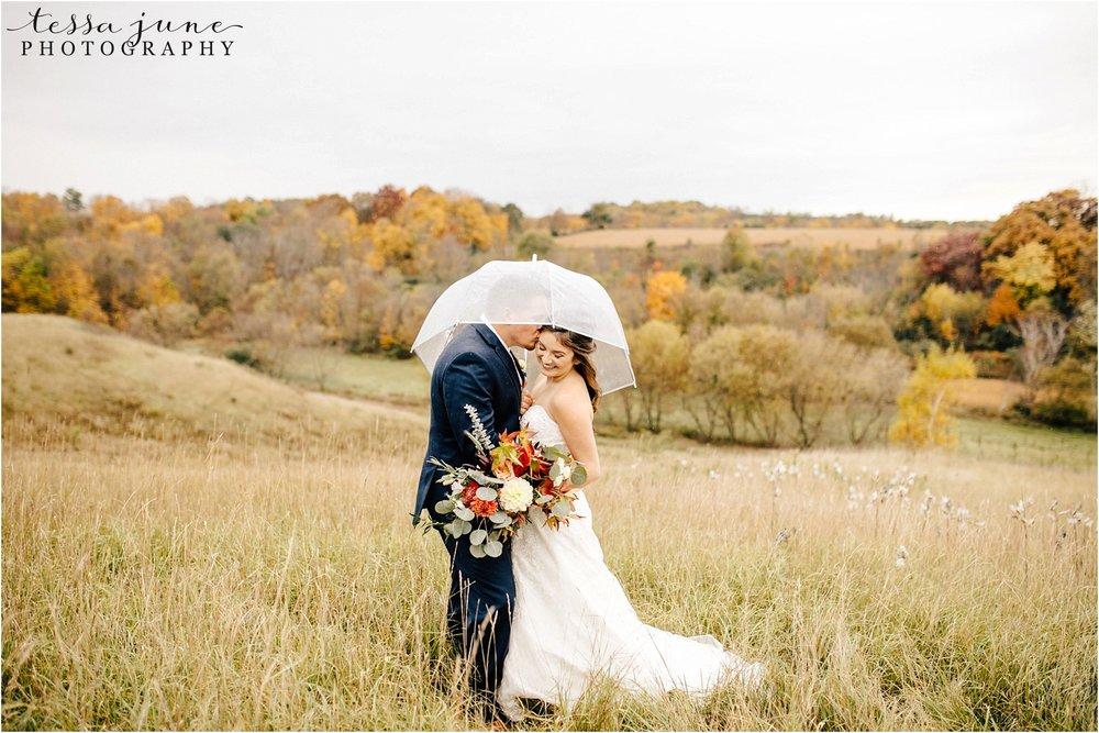 birch-hill-barn-october-wedding-wisconsin-umbrella-rainy