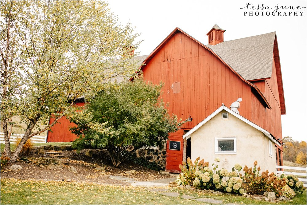birch-hill-barn-wedding-october-wisonsin-76.jpg