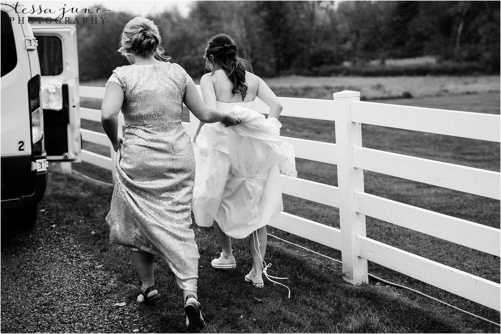 birch-hill-barn-wedding-october-wisonsin-85.jpg