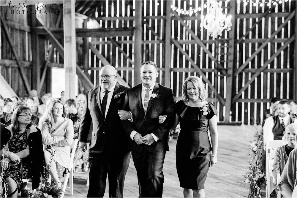 birch-hill-barn-wedding-october-wisonsin-86.jpg