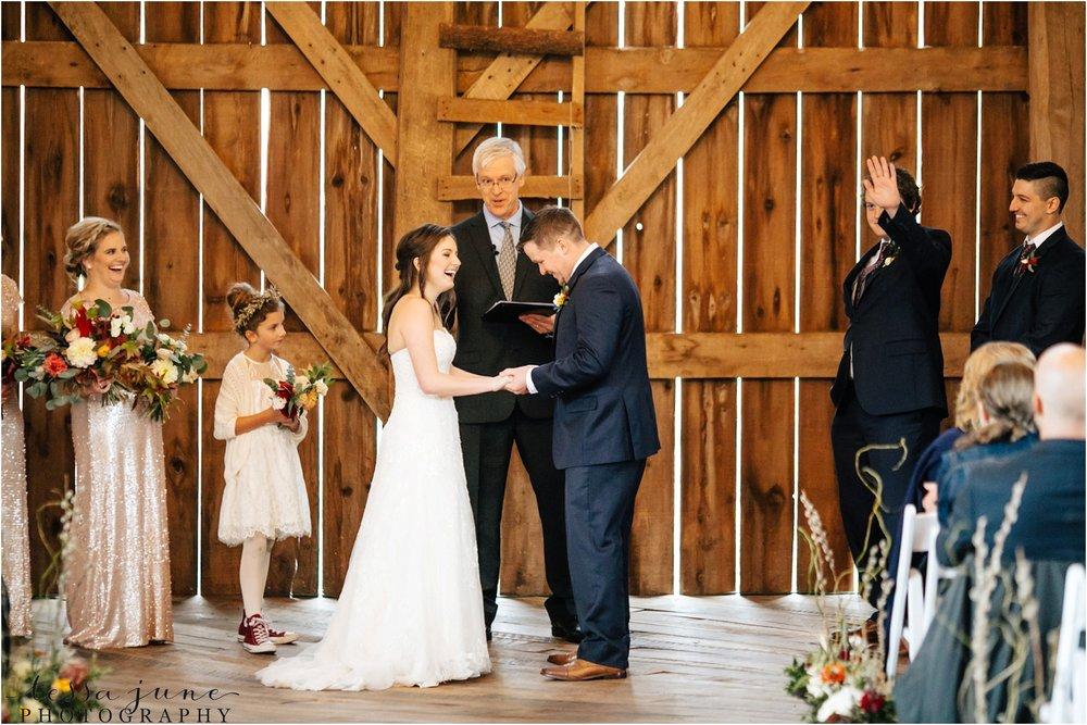 birch-hill-barn-wedding-october-wisonsin-97.jpg