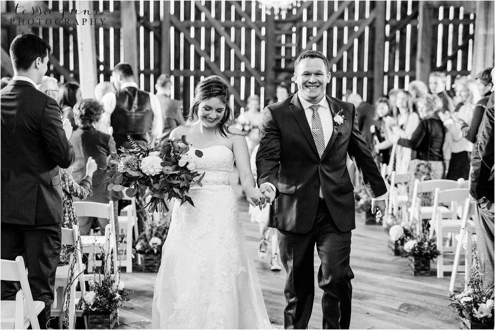 birch-hill-barn-wedding-october-wisonsin-99.jpg