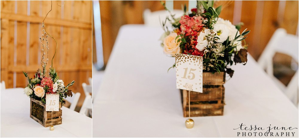 birch-hill-barn-wedding-october-wisonsin-104.jpg