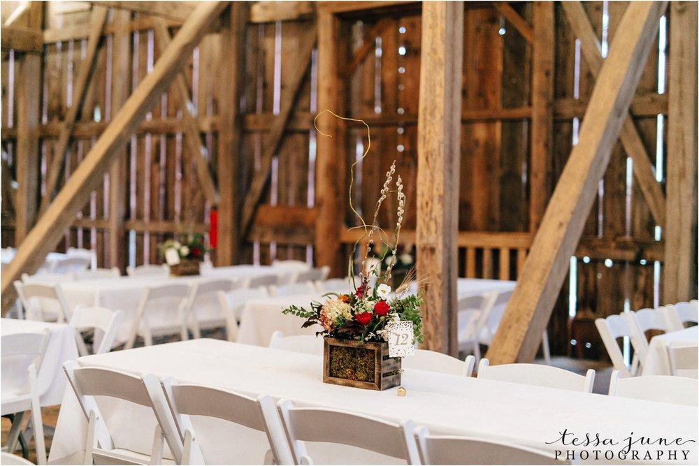 birch-hill-barn-wedding-october-wisonsin-106.jpg