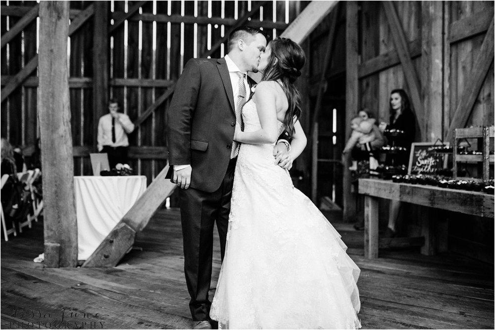 birch-hill-barn-wedding-october-wisonsin-109.jpg