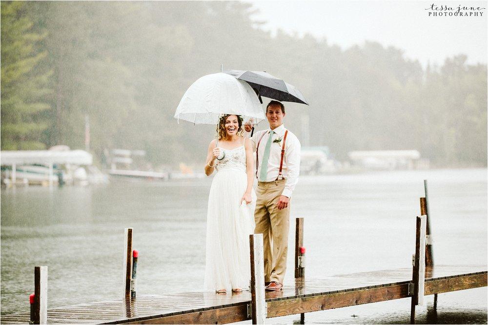 brainerd-lakes-minnesota-summer-wedding-on-the-lake-boho-inspired-26.jpg