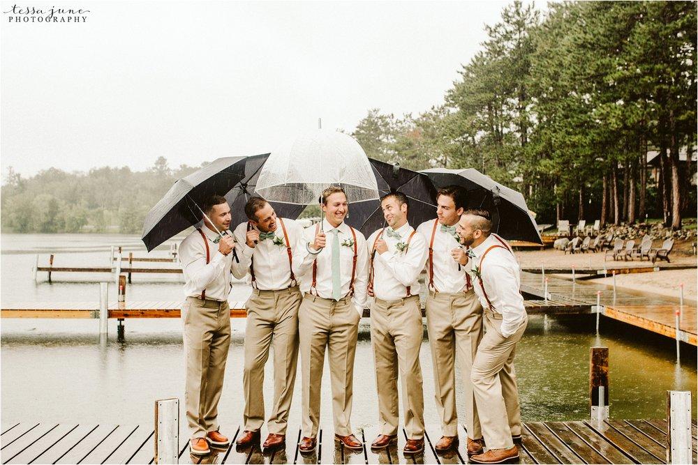 brainerd-lakes-minnesota-summer-wedding-on-the-lake-boho-inspired-35.jpg