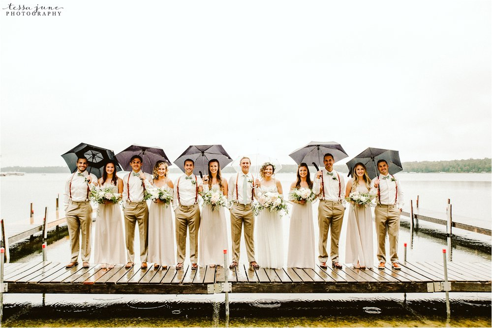 brainerd-minnesota-destination-wedding-boho-floral-raining-umbrella-st-cloud-photographer-bridal-party
