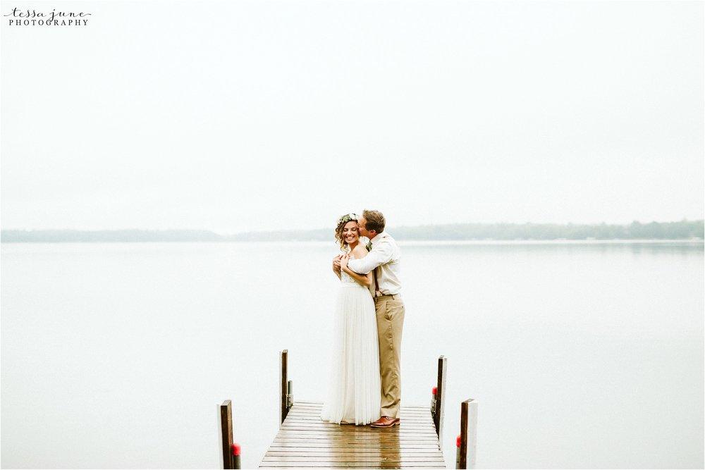 brainerd-lakes-minnesota-summer-wedding-on-the-lake-boho-inspired-84.jpg