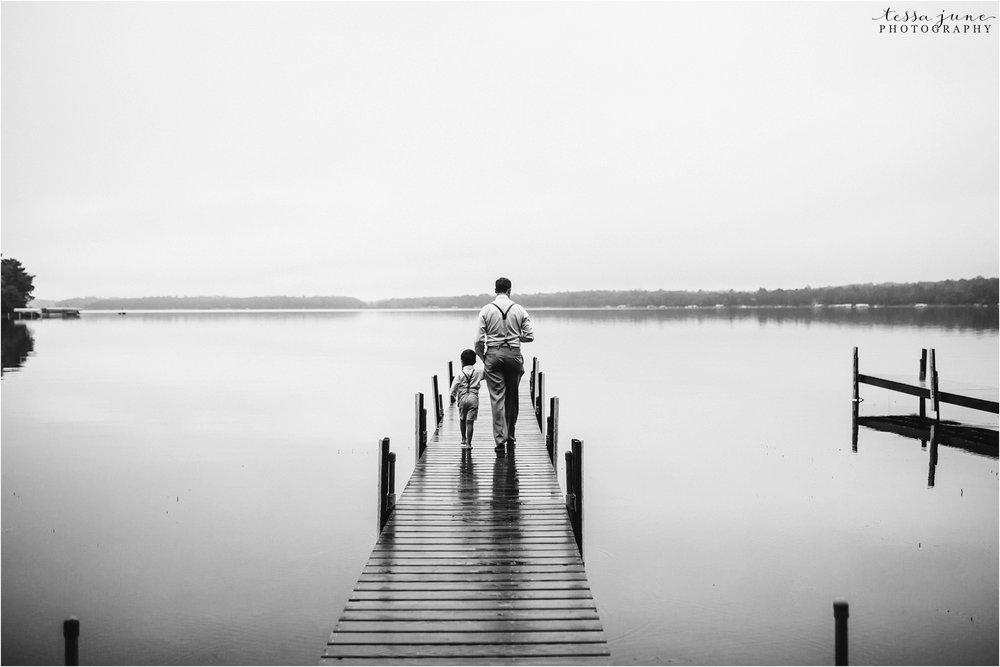 brainerd-lakes-minnesota-summer-wedding-on-the-lake-boho-inspired-89.jpg