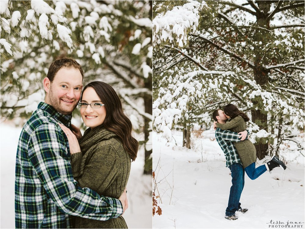 taylors-falls-winter-engagement-session-st-cloud-photographer-23.jpg