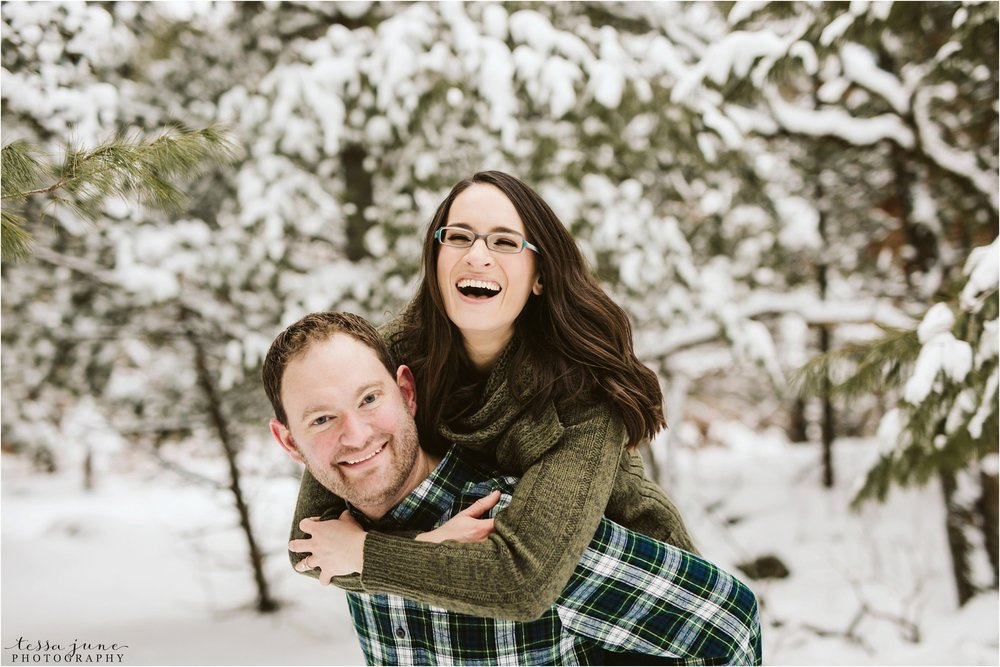 taylors-falls-winter-engagement-session-st-cloud-photographer-27.jpg